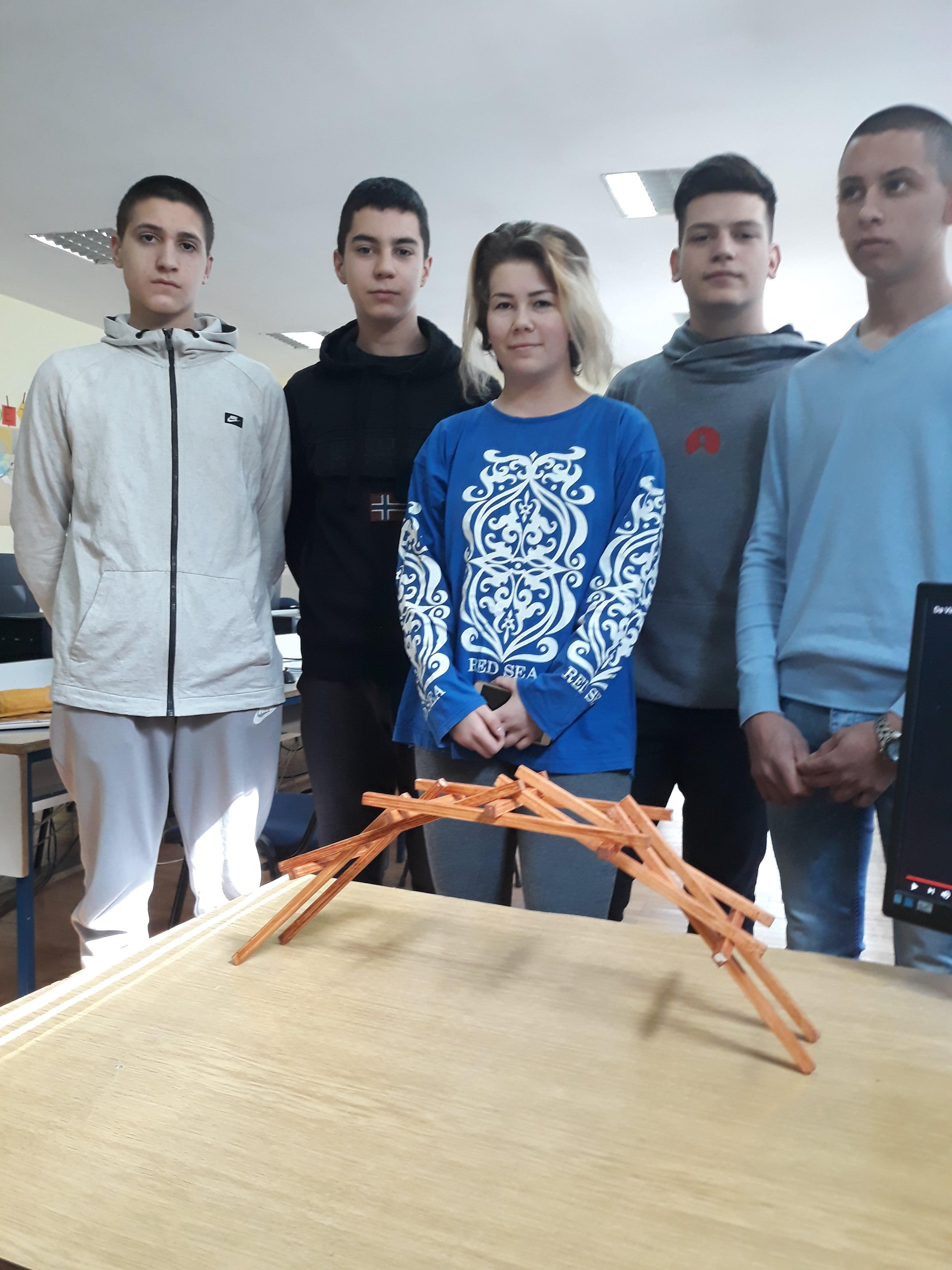Прављење Леонардо да Винчијевог моста у оквиру пројекта Geometry of Countries